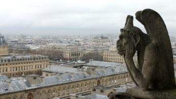 Estátua Notre Dame